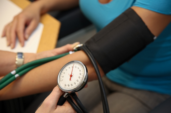 5-Tips-to-Lower-Blood-Pressure-the-Natural-Way